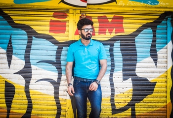 #2 Casual Vibes! 👕👖   #📸- @parishmandhan who is from Indore and now shooting in Mumbai as well! - #HouseofClass #summers #beard #aviators #OOTD #weareexploraholic #groomme #istyleyouindia #bloggersofIndia  #bloggersofIndia #OOTD #mumbaifashionblogger #bloggerlife #bloggerstyle #bloggerdiaries #blogpost #Black #aviators #bloggingisfun  #bloggerwear  #beardlife #shootdiaries #mensfashion #menstyle #mensstyle #menfashion #ootdmen #beard #HouseofClass #Mumbai #Basics #wegroom #sssmagazine #weareexploraholic #roposo #soroposo #roposomen #roposofashion #streetstyle