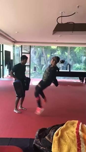 #WorkHard #taekwondokick #instavideo #instafitness #everydayimprovement #strength #Speed #power #motivationworkout #taekwondolife #tkdgirl #tkd❤️ #weightlosstransformation #fitspiration #FitToFight #followforfollow #like4follow #dream #pride #MakeDayBetter #morningmotivationworkout #kickboxing #taekwondo #mma #dontgiveup #justdoit✔️#predominatekickboxingacademy