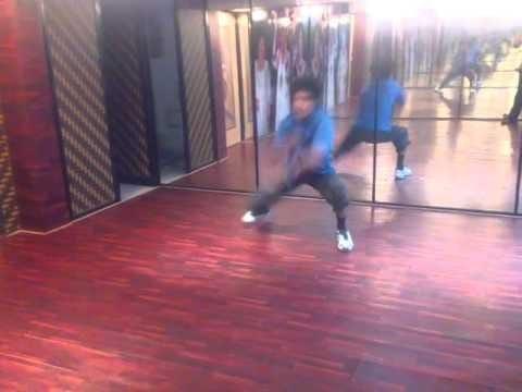 MUJHE TERI ZAROORAT HAI DANCE BY YO YO MANAS , please watch my emotion through dance                            Please subscribe my youtube channel yoyo manas moonwalker                   Facebook id manasbaishya2011@gmail.com         Mail id- manasmoonwalker.mb@gmail.com               Thanku share if u like my videos