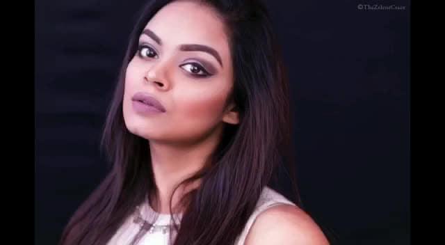 Video Link in Bio ⬆️⬆️⬆️ #thezelenecraze #makeup #makeup #makeuplove #makeuplook #makeupartist #mua #muadelhi