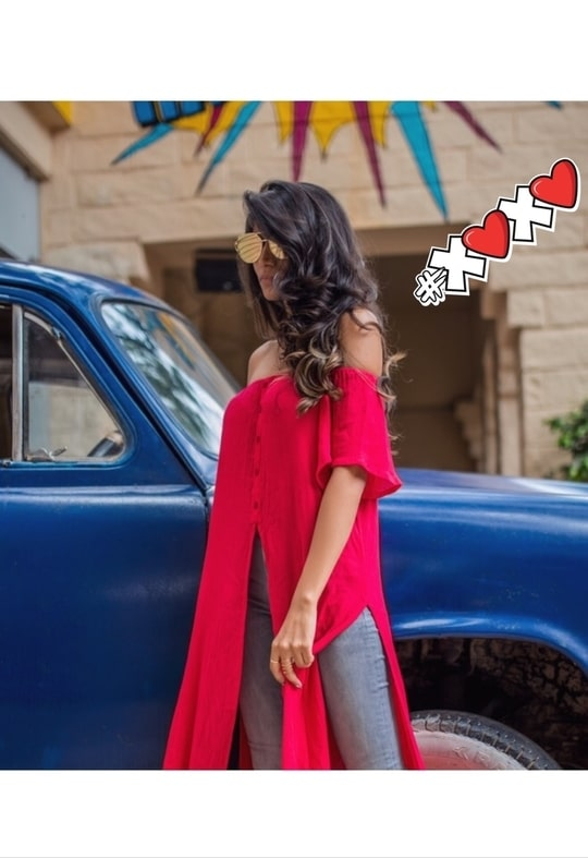 Happy Sunday! Stay tuned to see this complete look! ❤️ Instagram: @DivyaMaben ❤️ #Bangalore #Bengaluru #bangaloreblogger #bangalorefashionblogger #bangalorediaries #bangalorefashion #bangaloretimes #fashion #style #Alleygals #faballey #fashionblogger #fashionstylist #beautyblogger #beautybloggerindia #summer-fashion #indianfashionblogger #blog #xoxo #streetstyle