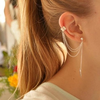 Earring Stud Cuff Set. ***FREE SHIPPING***  #earringswag #accessorize #addons #jewelry #earcuff #earstuds #chainearrings #punkstyle #gypsystyle #gothiclook #fashion #trendingnow #trendingonroposo #soroposo #thetrunk #chainjewelry