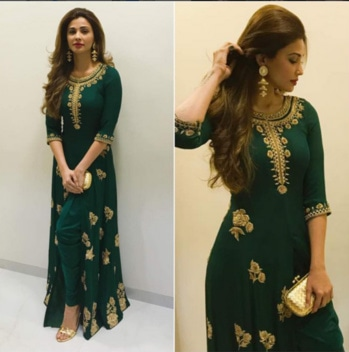 Daisy Shah In A Beautiful Outfit