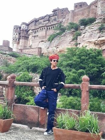 SRK was recently in Jodhpur to promote his upcoming movie and we can't stop bragging about it! . . . . . . #destinationwedding #destination wedding #selfieoftheday #sonamkapoor #styling #travel #streetstyle #makeup #traveldiaries #youtuber #beautyblogger #dress #model #casualvibes #jewellery #cannesfilmfestival #cannes #fashionista #fashiondiaries #menonroposo #roposo #aselfieaday #black #myfirststory #ootd #fashion #firstpost #shopping #soroposo #cannes2017 #halfgirlfriend #shoes #fun #allaboutlocation #summerstyle #summerfashion #roposoblogger #traveldiaries #travel #summeroutfit #fashiondiaries #delhi #summers #summer-style #shopping #indianblogger #aselfieaday #lookoftheday #makeup #blogger #designer #ootd #saree #roposolove #cool #mumbai #black #dress #fashionblogger #IndianWeddings #WeddingReception #WeddingInspo #WeddingInspiration #WeddingPlanner #WeddingIdeas #Shaadi #WeddingDetails #WeddingDesign #WeddingStyle #WeddingDay #VintageDecor #FloralDecor #Sparkle #Pink #WeddingLook #WeddingDreams #WeddingVibes #Confettis #Pheras #Vibrant #WeddingFlowers #PopularPage #EventPlanner #WeddingGoals #destinationweddingplannerinjodhpur #destinationweddingplannerinjaipur #destinationweddingplanneringurgaon #destinationweddingplannerindelhincr #crochet #awesome #twd #themeweavers #wedding #indianwedding #weddingdecor #decor #ideas #wedmegood #wedding #marwariwedding #nriwedding #instalove #instadaily #instagood #love #happiness #weddingplanning #love #photography #instapic #instalike #floral #indianbride #floraldecor #floral #white #yellow #floraldesign #instapretty #mandap #weddings #jodhpur #rajasthan #ITC #showstopper #indianblogger #ilovewinters #pictureoftheday #roposodaily #winter #ropo-love #soroposo #newdp #hello2017 #fashionblogger #ootd #makeup #love #roposo #fashion #beauty #decor #aliceinwonderlandtheme #thelabelbazaa #stylist #hair #stylish #fashionstyle #online #happy #tshirt #beautiful #bloggerstyle #mumbai #soroposolove #potd #travel #photooftheday #celeb