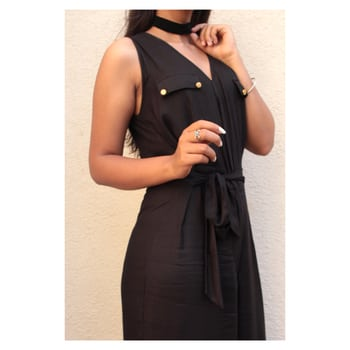 Back to black? Anyday, with this chic romper! #miwaystyle #miwayfashion #romper #black #blackromper #ootd #fashionista #summerprints #summerready #summercollection
