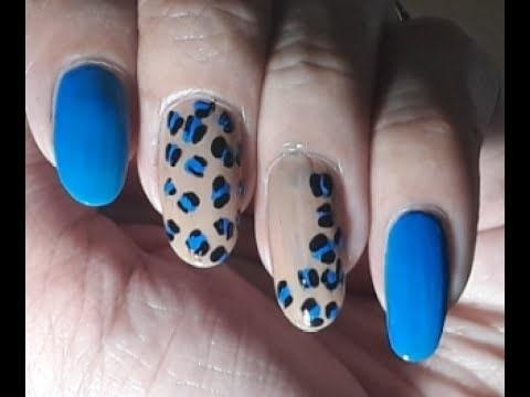 Easy Nail Art #nailsoftheday #nailartwow #nailartfeature #nailartblogger #nail-addict #nailswithrhinestones #nailartdesigns #nailart #nails #nailartpics #nailartpictures #easynailart #easynails #simplenailart #simplenails #nailart2017 #beautifulnails #nailroposo #nailpolish #nailpaint #roposonails