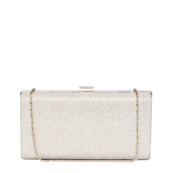GOLDEN ISABELLA CLUTCH This shimmery box clutch is the to go accessory at weddings and other occasions. Complete your look with this gorgeous clutch. #toniqaccessories #toniq #party #bags #stylish #weekendvibes #instafashion #instagood #newcollection #texture #instafashion #onlineshopping #cod