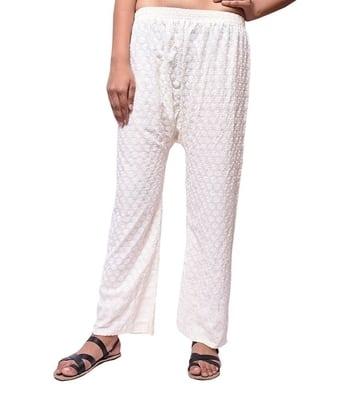 Women Pants     http://www.amazon.in/s/ref=w_bl_sl_s_ap_web_1571271031?ie=UTF8&node=1571271031&field-brandtextbin=Rdesign
