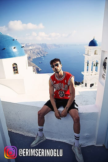 Ballin' Santorini   #travel#landscape#finditliveit#solotraveller#traveldeeper#mytinyatlas#modeltravels#socialsociety#sunrise#coupletravels#vloggers#sunset#thesocietygirl#oneofthebunch#architecture#photography#landscape#sunset#travelgram#instatravel#travelphotography#wanderlust#travelblogger#ilovetravel#photography#travels#aroundtheworld#videography#instatravelling