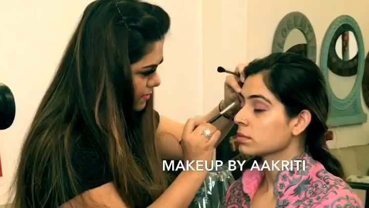 New video coming soon.... indian wedding party makeup ... subscribe to our youtube channel today.... link in bio  #makeup #party makeup #indianweding #makeupbyaakriti #makeupartist #makeupartistdelhi #makeupartistindia #makeupartistwordwide #mua #muadelhi #muadelhincr #muaindia