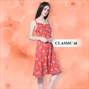Isn't this floral dress everything you need? Shop Now : http://bit.ly/2qSRchJ #outfit #fashionista #fashion #fashiongram #ootd #potd #ootn #style #lookoftheday #getthelook #lookbook  #instadaily #fashion #summercollection #trendy #instafashion #follow #pictureperfect #keepitsimple