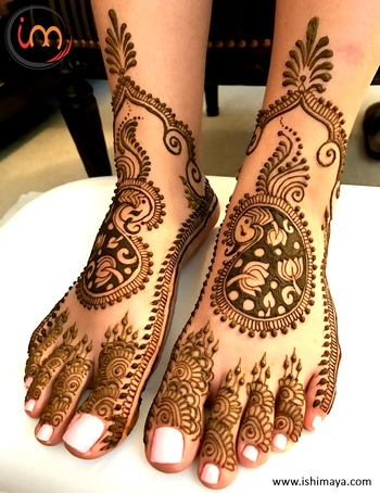 #Wedding seasons special | Decorate your #legs with this #mehendi #henna design and look more attractive at festive gatherings. www.ishimaya.com #mehendi #mehendilove #mehendidesign #mehendigiveaway #mehendiphotography #mehendiartist #mehendi design #mehenditime #mehendifunction #mehendioutfit #mehendi_tattoo #mehendiceremony #mehendigift #mehendinight #mehendionfoot