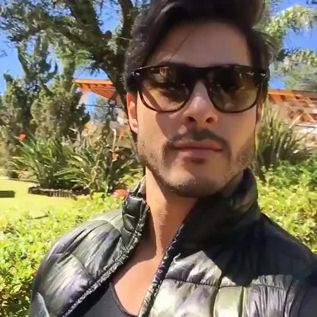 BRUNO SANTOS--Brazilian model.  #Heart slayer #knee melter Muscle man #Hotbod #good lookin'