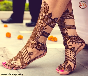#Wedding seasons special | Decorate your #legs with this #mehendi #henna design and look more attractive at festive gatherings. www.ishimaya.com #mehendi #mehendilove #mehendidesign #mehendigiveaway #mehendiphotography #mehendiartist #mehendi design #mehenditime #mehendifunction #mehendioutfit #mehendi_tattoo #mehendiceremony #mehendigift #mehendinight #mehendionfeets