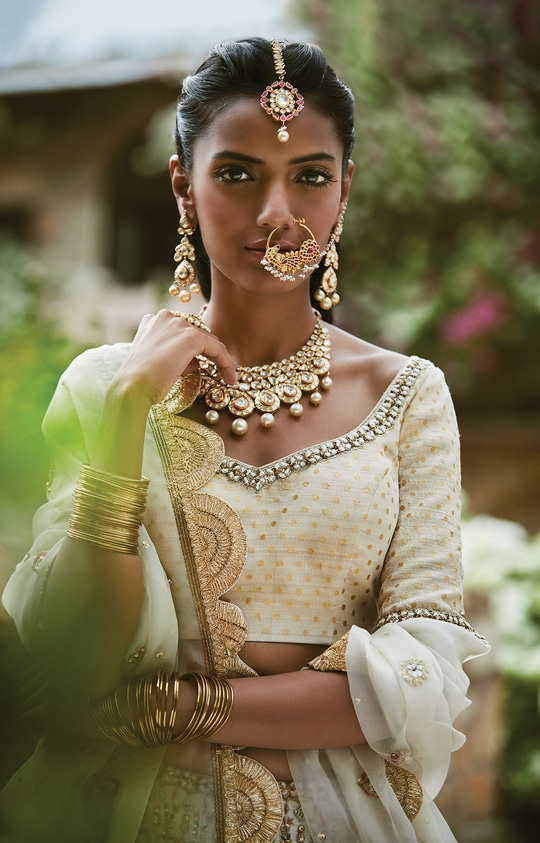 Sue Mue Latest Collection: Ariella : Link in bio Inspired by the grandest monuments of Spain, Alhambra http://misscrazyrage.com/events/sue-mue-autumn-winter-collection/  #fashionblog #designer #hair #shoot #followers #bollywood #instagram #blogger #indian #soroposo #fashion # delhifashionblogger
