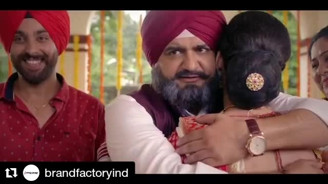 This adorable video from @BrandFactoryInd made my day! Pujo shopping time! #Repost @brandfactoryind (@get_repost) ・・・ This #Pujo #GiftSmart with Brand Factory and Buy 1 Get 1 Free on Best Brands! #BOGO . #fashionblogger #styleblogger #shopping #shopaholic #blogger #bengali #bong #festival #style #kolkata #kolkatablogger #Delhi #mumbai #occassion #festivemood #stylefile