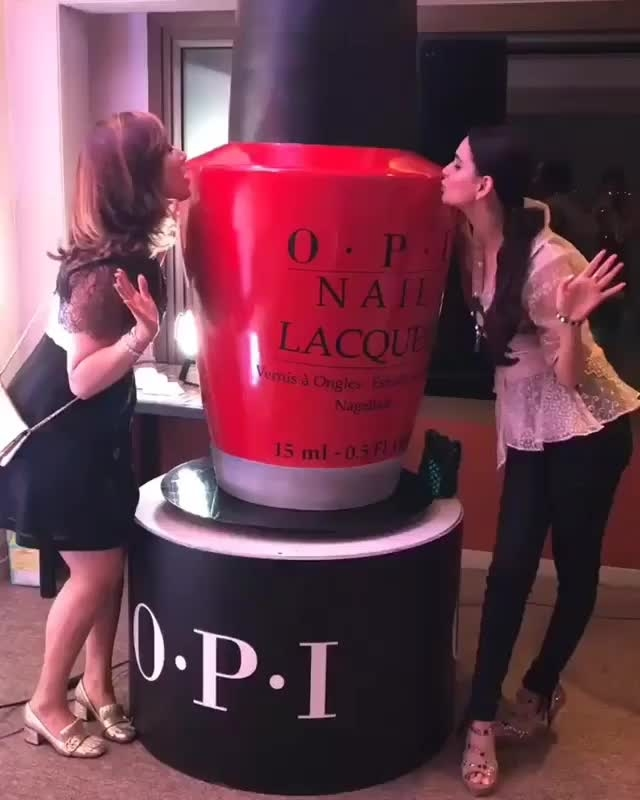 #boomeranging with director #thestylestamp #AanchalOberoi at the #cosmoxopi #beautyweekend  #repost @thestylestamp What a fun a night with #CosmoxOPI at the #CosmoBeautyWeekend with @nitya_bbirla @labelnityabajaj @anchalo . #ObsessedWithOPI  #TheStyleStamp #IGotStamped #OPI #Cosmo #CosmopolitanIndia #Nails #NailPaint #Beauty #MakeUp #Fashion #Style #OOTD #Wakeupandmakeup #NailArt #NailPolish #Nailstagram #NailSwag #NailAddict #RedNailPolish #LoveMyNails #NOTD #Videogram #NailJunkie #Instavideo #Igvideo #NaiTherapy #NailsonFleek #labelnityabajaj #nityabajaj #designerdiaries  #cosmopolitanbeautyweekend
