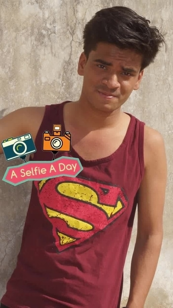 #manpose #superman #tshirt #cute #smile #cameralove #positivity