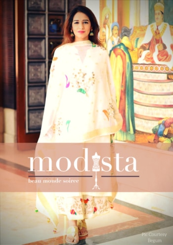 Contemporary clothing with an ode to the Heritage! Presenting BEGUM @ MODISTA on the 15th & 16th Sept @ Roda Al Murooj, Dubai. Hand-painted and hand appliquéd dupattas in chanderi with georgette suits with handmade tassels to give you the classic look of elegance! #dubaiexhibition #savethedate #bethere #nottomiss #mydubai #fashiondesigner #apparel #accessories #jewelry #homedecor #shoptillyoudrop #shopoholic #modista #vesimi #fashion #jewellery #jewelery #accessory #modistadxb #exhibition #luxury #shopping #instafashion #indiandesigner #instachic #howtostyle #getthelook