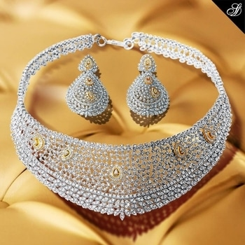 On your big day, here's why all eyes will be on you. #necklace #earrrings #diamondjewellery #beauty #diamonds #diamondgirl