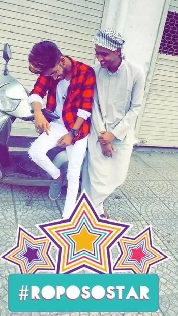 #bro #brothers #be-fashionable #roposo-fashion #imhamzajd_ #roposome #ropo-style #roposoing #roposo-fashiondiaries @khanyusuf52 #likeme #loveme #followme  @imhamzajd_ #roposostar #bros
