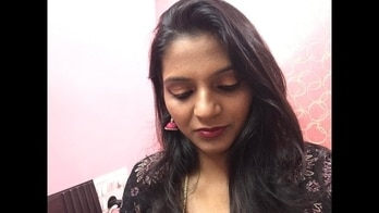 Reverse cat eye liner look inspired by sjlovesjewelary   Party makeup tutorial for indian skin stone #maccosmetics #partymakeuplook ##easyweddingmakeup #weddingmakeup #weddingseason #blogger #bblogger #vlogger #youtuber #indianyoutuber #redlipstick #allaboutgalstrending