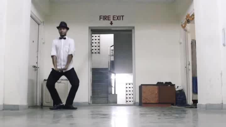 Mr. Chaplin doing 'Gandi Baat'  Dance: Prince Soni Style: #Freestyle Music: Gandi Baat | R Rajkumar  FOLLOW @DANCENINSPIRE FOR MORE DANCE VIDEOS.  #gandibaat #prabhudeva #shahidkapoor #sonakshisinha #charliechaplin #imitation #funny #dance #choreography #rrajkumar #pddancing #mustwatch #fun #entertaining #chaplinbow #charlie #chaplin #humorous #freestyledance #bollywooddance #dancer #passion #creativity #danceninspire  Post your videos on @danceninspire app for a chance to get featured.