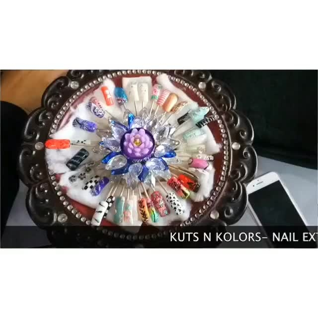 The Best place to get your nail art done in Lucknow is at @kutsnkolors  If you want to have perfect nails at amazing price than.. 1. Go and follow @kutsnkolors and me @thewinsomesoul to get your discount coupon of 20% on the nail art service. 2. In comment below tell which nail art you love and why ?  3. Tag 5 friends and ask them to participate. . . . . . 📸 @poorvinaithani thankyou so much for the video ❤️ #LucknowBlogger #indianblogger #kutsnkolors #nailsonfleek #nailextensions #nailart #newlook #nails #nailsofinstagram #thewinsomesoul