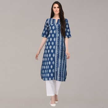 #Indigotextiles is something which never goes off-air. The generation of block printers & dyers have continuously worked hard to keep it alive among us and that's what #IndianAugust is focusing on. Launching again a #freshcollection in indigo to appreciate the mastery of color and block prints. Shop here- https://www.eindianaugust.com/apparel…/collections-920/azure #Naturaldyes #Blockprints #Indiantextiles #designerclothing #Kurtaonline #Indigokurta #indigopants