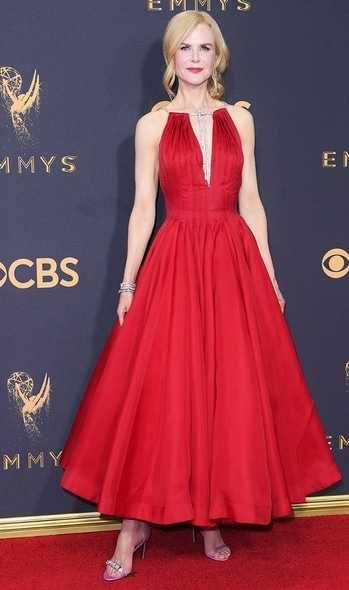 Nicole Kidman wore Calvin Klein at the EMMY awards; taking away the trophy for Outstanding Actress for her role in Big Little Lies. #international #redcarpet