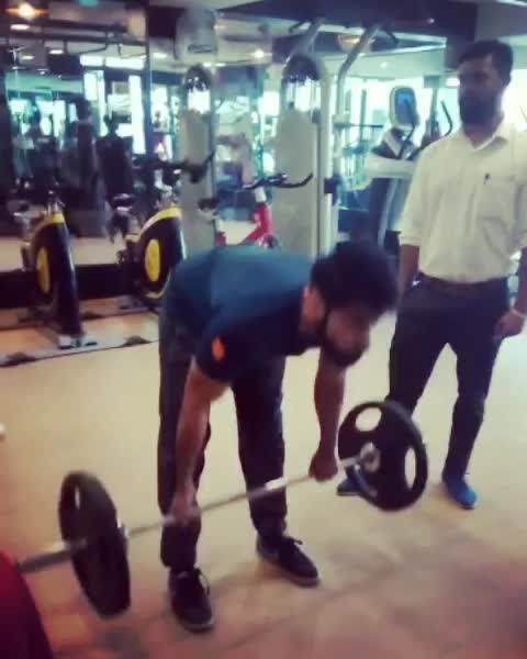 Leg day... Stiff Legged Deadlift #fitness #legday #deadlifts #trainhard #nopainnogain #fitlife #goals #workout #motivated #leanbody #beard #menwithbeard #menmodel #blogger #fitnessblogger #menblogger #model #actor #actorslife #passion #routine #youtuber #youtubechannel #delhi #livingthedream