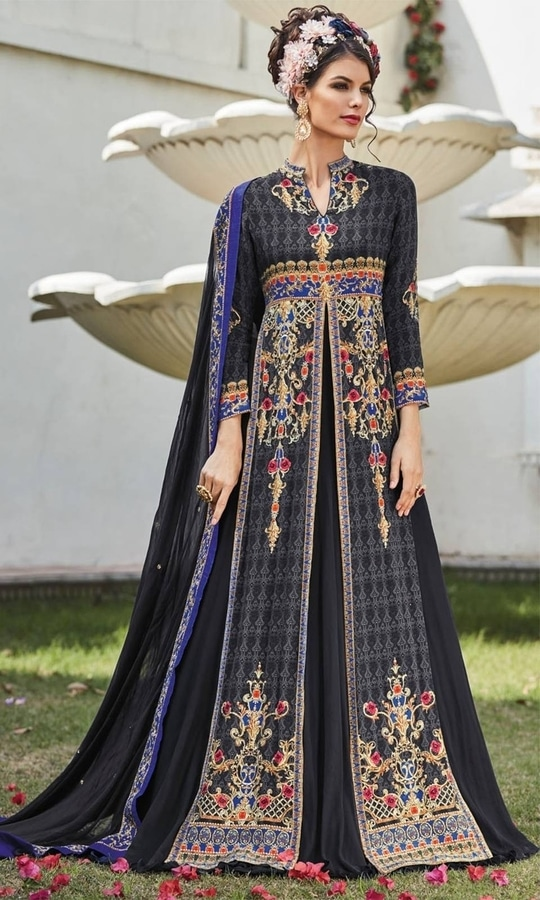 Printed Black Frock Suit  • Party wear Crepe Frock Suit • Fabric : Crepe • Bottom Fabric : Shantoon • Dupatta Fabric : Chiffon • Size : Semi-Stitched (customizable Upto size-44)  SKU: SUPJDSFL7392 Rs. 5,399  #styles #beauty #love #followme #roposo #fashion #model #indian