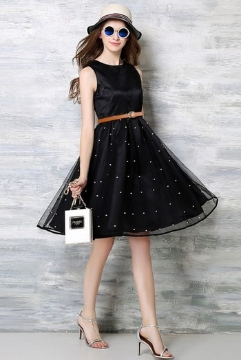 Taffeta Plain Short Dress  Product Code : DR1112009  Price: Rs1,058  Fabric	: Taffeta Color	: Black Size	: 36 38 40 42 44 Occasion: Party Wear Content	: Dress Visit here :http://bit.ly/2xCtM5Q  #ninecolours #dresses #stylishdresses #indianfashion #crepe #printed #whitecolour #blackcolour #onepiece #instamood #picoftheday #igers #girl #beautiful #instadaily #summer #instagramhub #follow #igdaily #bestoftheday #happy #nofilter #fashion #followme #fun #fabulous #shortdress #onlineshopping