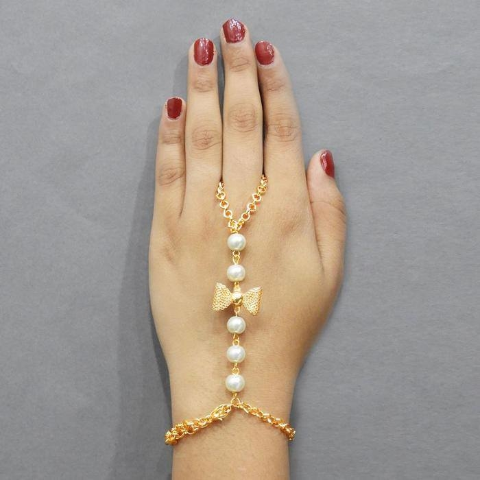 Buttery Butterfly hand harness @Rs.179 Only Shop Now- https://goo.gl/1nhcKA #handharness #butterflydesign #handaccessory #jewelry #jewelmaze
