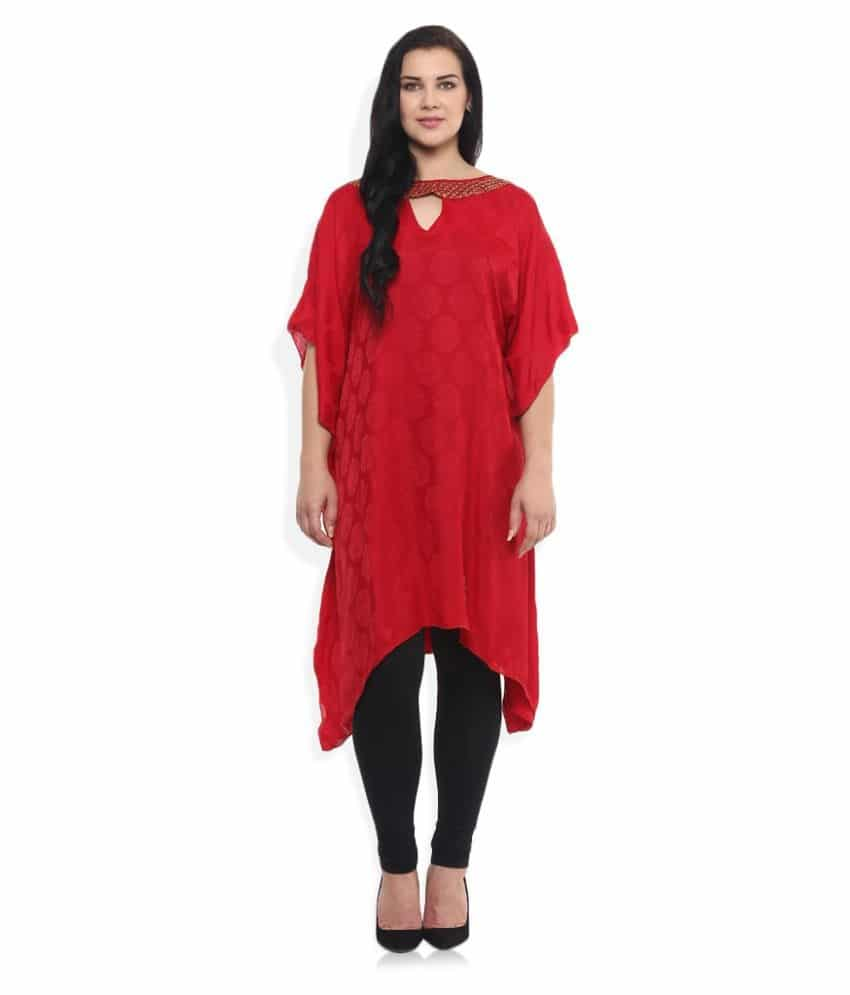 Qurvii Poly Silk Tunics  Price:  Rs. 2,545 Fabrics like silk, satin, chiffon, crepe, georgettes and cotton are used. Also simple silhouettes and trendy designs which would flatter the curves you want to show off and hide the ones you don't.  If interested to buy. Please Click Here:  http://bit.ly/2yGZpcd  #roposo #fashion #women-fashion #partywear #casuals #redtop #ladiestop #followme #cottontops #fancytops #newtop #womentop