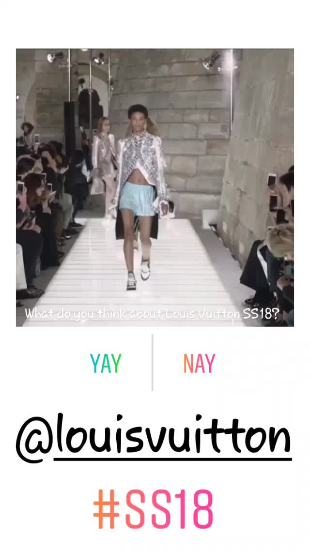 ...loving these looks for #SpringSummer2018 #SS18 😍😍😍 What say you? Yay! or Nay! #Balmain #OlivierRousteing #LouisVuitton #Versace #GianniVersace #DonnatellaVersace #Chanel #pfw #lfw #nyfw #hkfw #mfw #springsummer18 #fashion #style #design #runway #fashionblogger #fashionbloggerindia  #styleblogger #styleblog #lifestyleblogger #lifestyleblog #fashionista #blogger