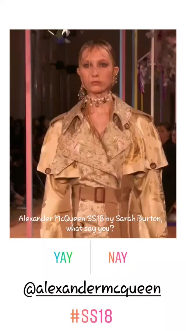 what say you? Yay! or Nay!  ...loving these looks for #SpringSummer2018 #SS18 😍😍😍 #Balmain #OlivierRousteing #LouisVuitton #Versace #GianniVersace #DonnatellaVersace #Chanel #pfw #lfw #nyfw #hkfw #mfw #springsummer18 #fashion #style #design #runway #fashionblogger #fashionblog #styleblogger #styleblog #lifestyleblogger #lifestyleblog #fashionista #blogger