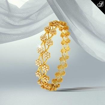 Look stunning by wearing this mesmerizing bangle adorned with pristine 240 top quality Diamonds & in 18K Gold. Shop: www.sunnydiamonds.com #diamondjewellery #diamondbangle #bangles #beauty
