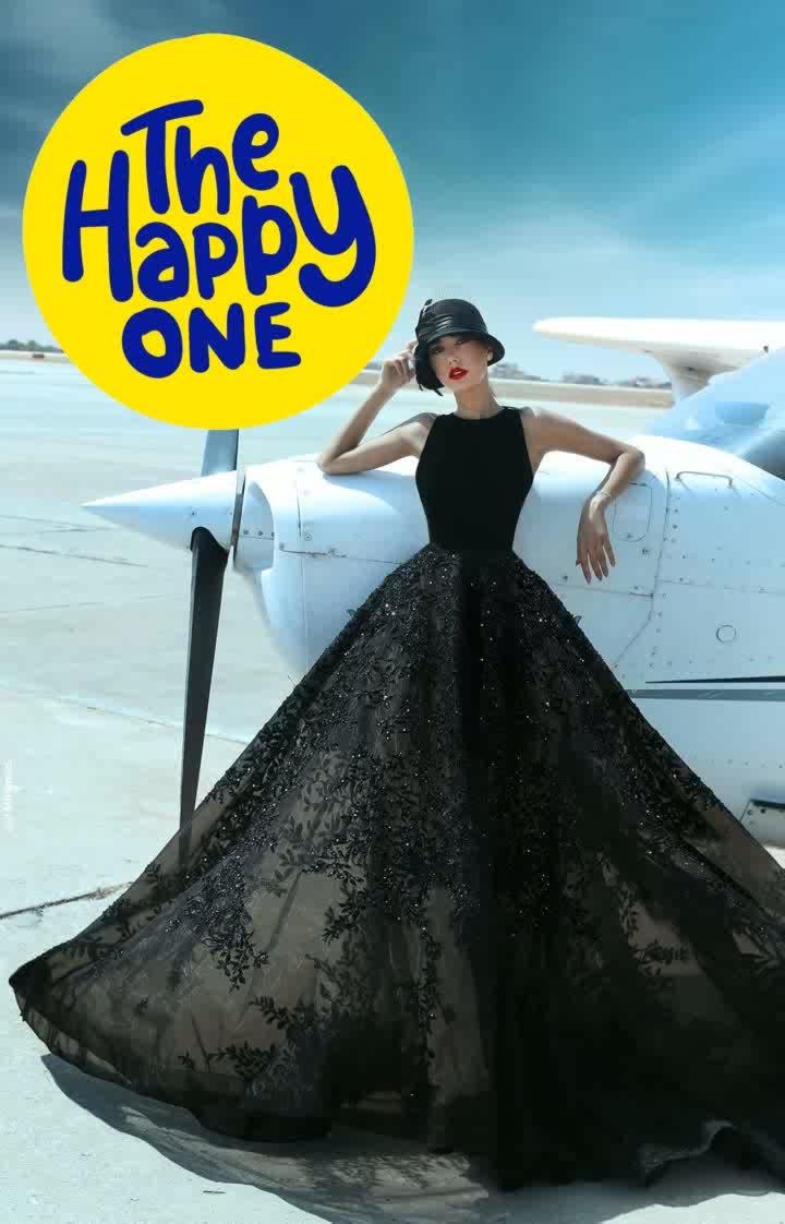 black😍😍😍😍 my happy color😍 #thehappyone