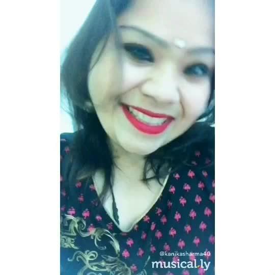 (made by @ kanikasharma40 with @musical.ly) ♬ Radha - bollywoodmusically. #musicallyapp #bollywoodmusically #Radha #music #musicvideo #musical #musica #followme #bestoftheday #instadaily