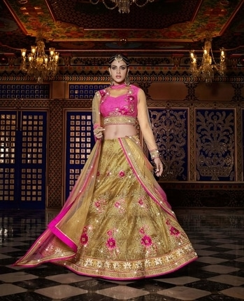 DESIGNER LEHENGA CHOLI A BRIDAL COLLECTIONS FOR BRIDE. DIWALI OFFERS HUGE DISCOUNT ON PRODUCTS AND REDUCE IN SHIPPING COST.  #lehengacholi #lehengas #lehengasaree #shoplehengaonline  For more Query you can reach us on  +91-8452800680 or Whatsapp on +91-9664811954