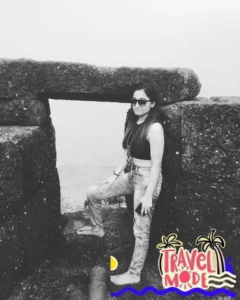 An attitude is an inward thought that wiggles its way out. #instagram #positivevibes #potd #wiwt #whatiwore #outfitoftheday #coffeelover #puneinstagrammers #instadaily #theeverygirl #nature #seashore #indianforts #sea #travelmode