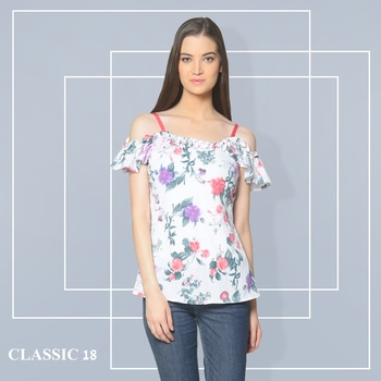 A little glamour never kills nobody! Shop Now : http://bit.ly/2gcXQeV #top #ootd #potd #ootn #style #lookoftheday #getthelook #lookbook #instadaily #fashion #summercollection #trendy #instafashion #follow #pictureperfect #keepitsimple