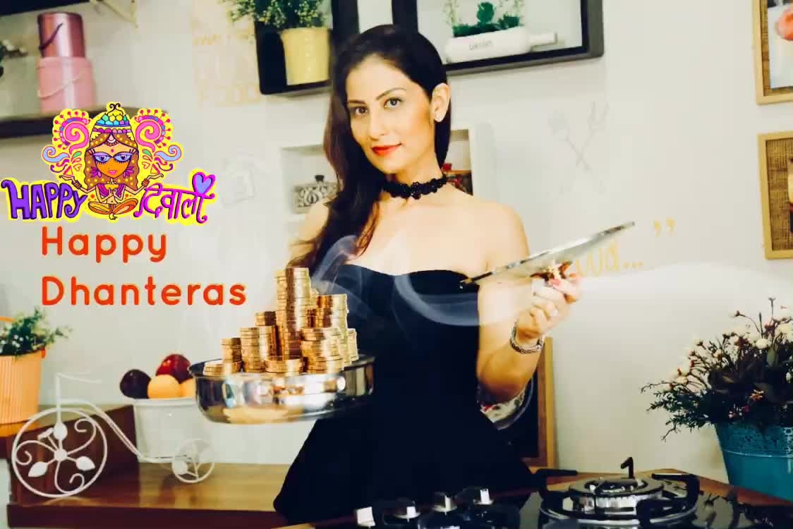 If the way to a man's heart is through his stomach, then the way to a woman's heart is through investing into her dreams. May the Goddess Lakshmi bless you with enough 'Dhan'. 💋💋💋 Love M. #chefmeghna #happydhanteras #happydiwali #diwali #deepawali #happydeepavali #happydiwali #dhateras
