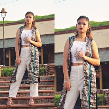 LAST MINUTE DIWALI OUTFIT IDEAS 💥✨ Post is up, link- theinspirarevogue.wordpress.com I styled three looks for the last minute styling, I hope you guys will like this blog post! Go check it out now ⚡️ 📸- @theforkeddiaries @mon_amour_delhi • • • #indianfashionblogger #fashionblogger #blogger #happydiwali #diwali #indianvlogger #indianoutfit #ootd #ootn #outfitideas #blogpost #blogging #fashion #indianfashion #indowestern #fashionista #Roposo #Soroposo #Roposiaddict #Roposolove #fashionaddict #india #diwali2017 #diwali #likeforlike #like4like #tagsforlikes