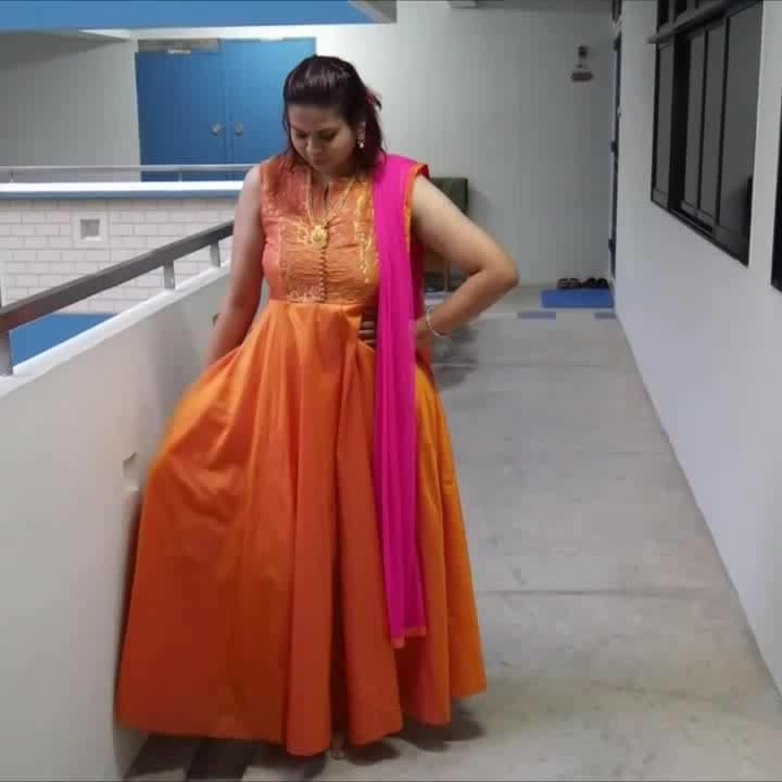 One more bonus video because it's Deepavali!!  Deepavali Festive Essentials!!   #singaporeyoutuber #singaporeindianblogger #beautycreator #contentcreator #youtuber #beautyblogger #indianyoutuber #beautyvlogger #singaporebeautyblog  #singaporebeautyblogger #clozette #theleiavblog #theleiav #newvideoalert #newvideo #youtube #deepavali2017 #diwali #festivemakeup #festiveessentials #deepavalifestiveessentials #diwalifestiveessentials #roposostar