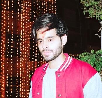 Diwali 2k17 ❤️ #diwali #happydiwali #shauryasarin #handsome #cute #hot #sexy #smart #swag #stylish #pose #cool #playboy #attitude #selfobsessed #beard #hairstyle #hair #hero #likesforlikes #followforfollow #instapic #instalikes #swag #fashionable #hot