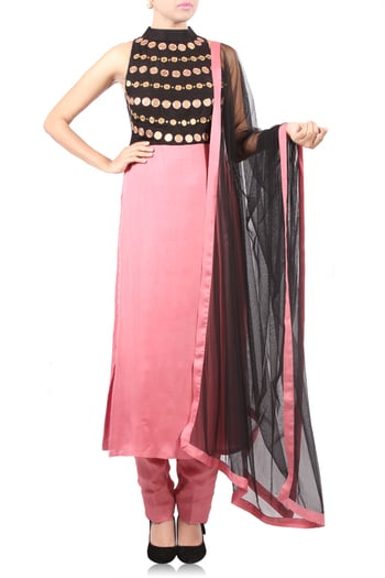 Black & Pink EmbroideRed Kurta with Straight Pants & Black Dupatta #thehlabel #Kurta #Pants  #StraightPants #Black #Dupatta #BlackDupatta