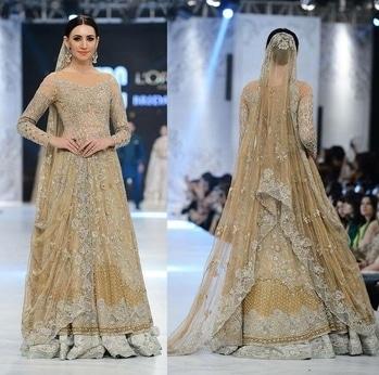 #DeemasFashion #Bridal #Fashion #Couture #BridalDress #WeddingOutfit #fashionista #wedding #weddingdresses #BridalDresses #Formals #Peplum For more designs and detail visit: http://deemasfashion.com/