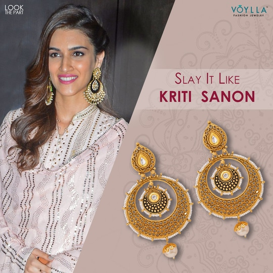 Unveil the star within. Pick the right jewelry this Wedding Season to stand out #LookThePart #VoyllaCelebration Install the App for Exclusive Offers: http://bit.ly/VoyllaAppInstall Shop here: https://goo.gl/zYYjss